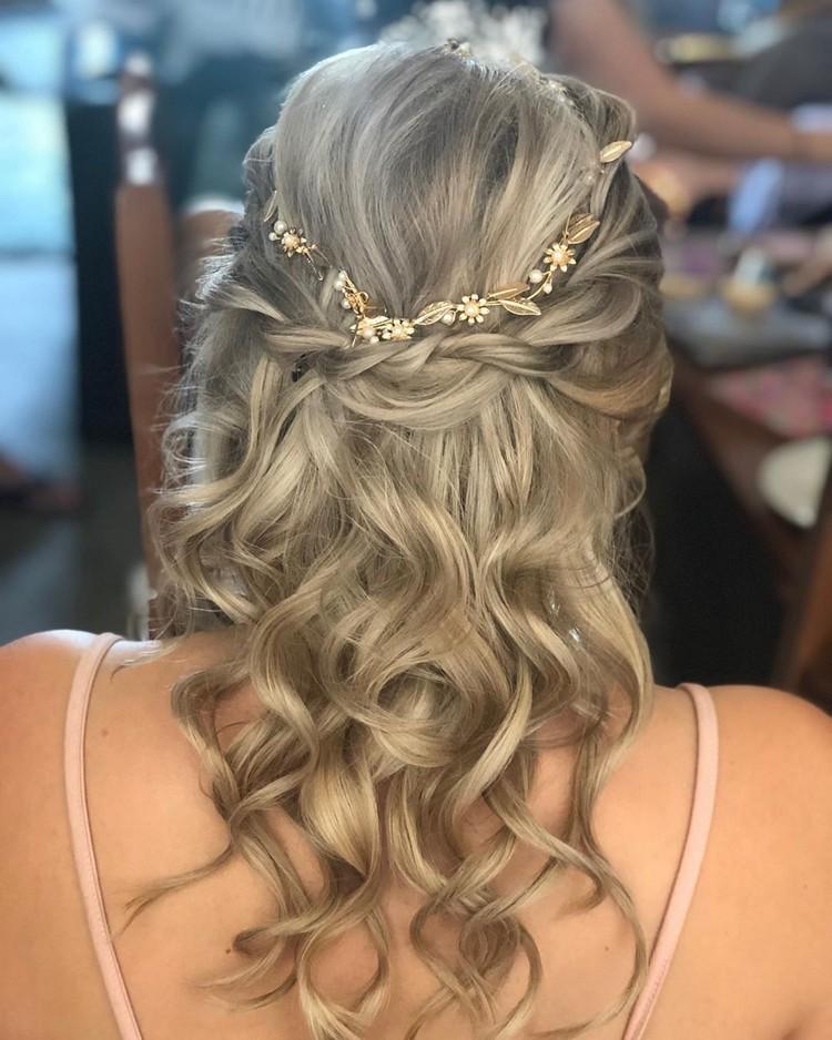 Bohemain Hairstyle (46)